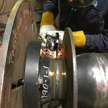 "Making a root pass using an AirCat corner tool (6275-A) & a Norton 4"" x 1/16"" x 3/8"" cut off wheel (N66243510655)"
